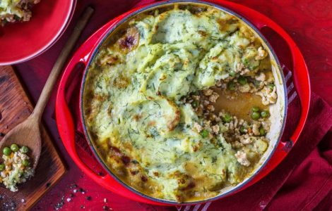 Запеканка из картофеля с индейкой и овощами